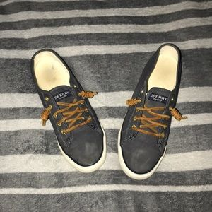 COPY - Sperry shoes!